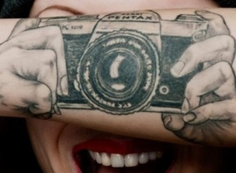 Cool-Camera-Tattoo-Designs-for-Arms_Cool-Camera-Tattoo-Designs-for-Arms-700x400