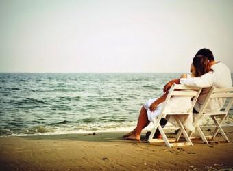 beach-love-couple-hd-wallpapers-widescreen-desktop-beach-love-cool-images