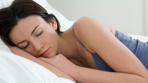 Nevari aizmigt? Lūk, kā es iemācījos aizmigt mazāk nekā minūtes laikā katru vakaru!