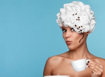cream_head_girl_cup_coffee_76458_3840x2400