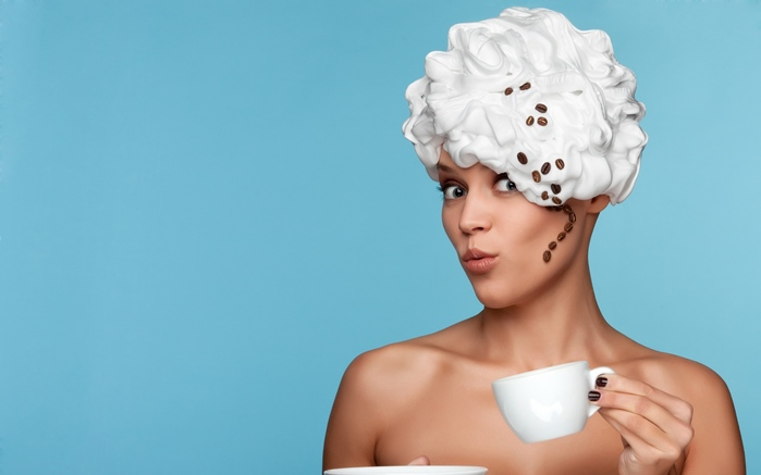 cream_head_girl_cup_coffee_76458_3840x2400