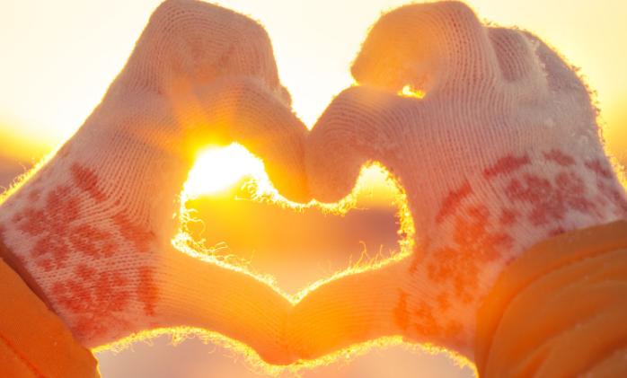 Veiksme mīlestībā šonedēļ visvairāk uzspīdēs tieši šīm 3 zodiaka zīmēm