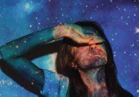 4 Zodiaka zīmju sieviete, kuras jebkuru vīrieti no nelaimes čupiņas var pārvērst supervaronī