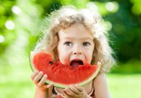Augustā dzimušie ir paši labākie –  viņiem esot ļoti laba veselība, veicas karjerā un ir citu mīlēti
